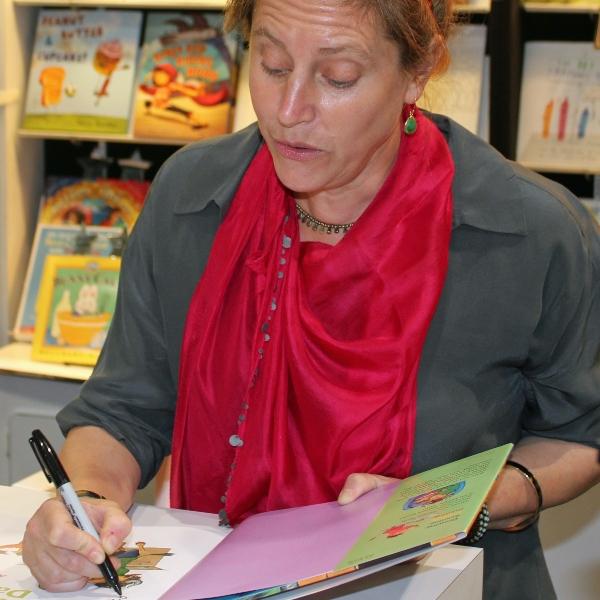Anna Dewdney author or Llama Llama Red Pajama